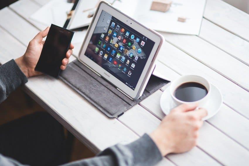 Integrar online e offline